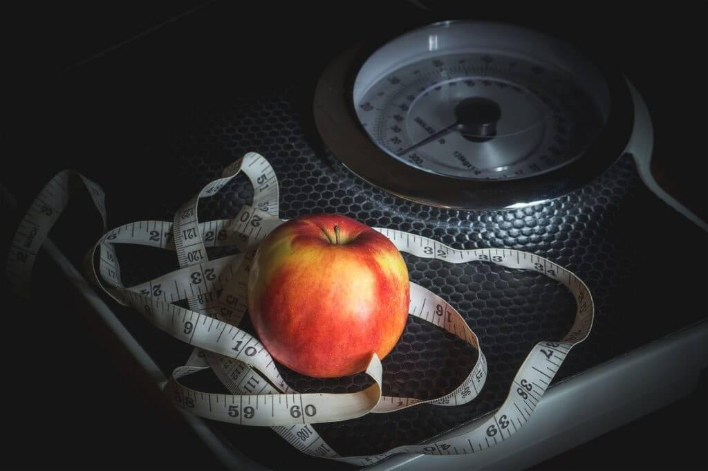 vikt äpple våg måttband